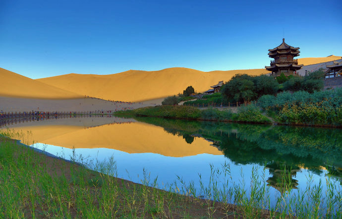 Crescent Lake And Singing Sand Dunes