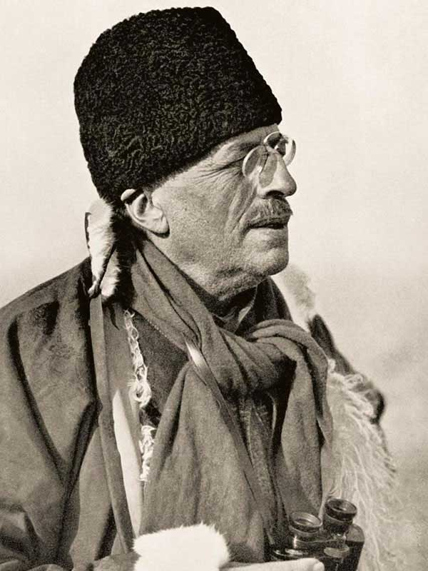 The Pioneer of the Desert: Sven Hedin